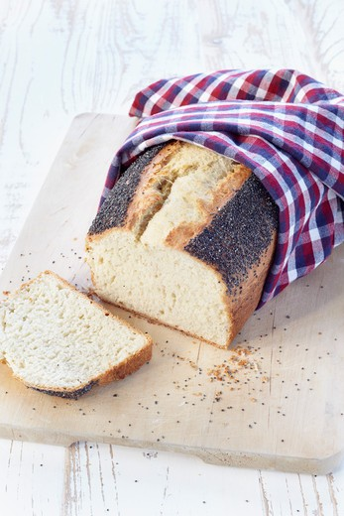 Poppy Seed Bread : Stock Photo