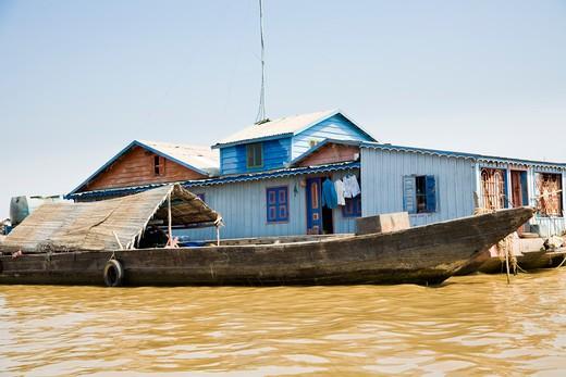 Stock Photo: 1828R-82024 Chong Khneas, Tonle Sap Lake near Siem Reap, Cambodia