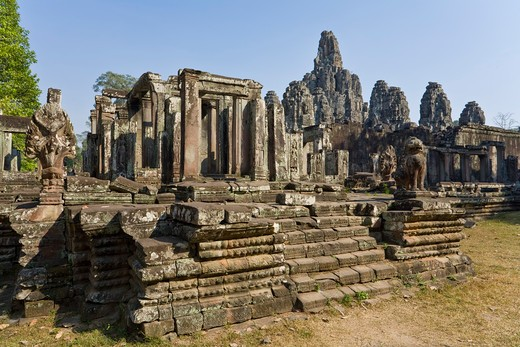 Stock Photo: 1828R-82052 Bayon Temple, Angkor Thom, Angkor, Cambodia