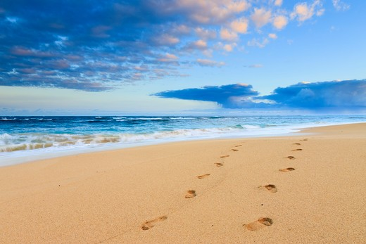 Footprints in Sand, Baldwin Beach Park, Maui, Hawaii, USA : Stock Photo