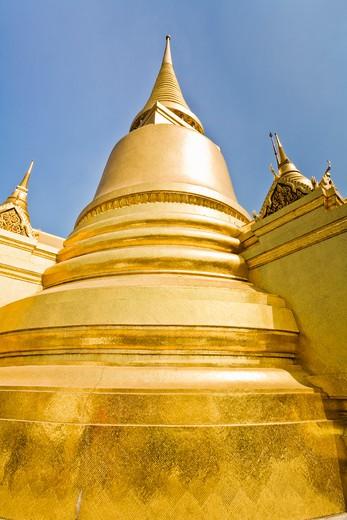 Stock Photo: 1828R-83728 Phra Si Ratana Chedi, Wat Phra Kaew, Grand Palace, Bangkok, Thailand