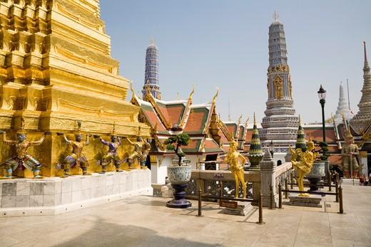Phra Chedi Thong, Kinnara Statues and Prang, Phra Prang Paed Ong, Wat Phra Kaew, Grand Palace, Bangkok, Thailand : Stock Photo