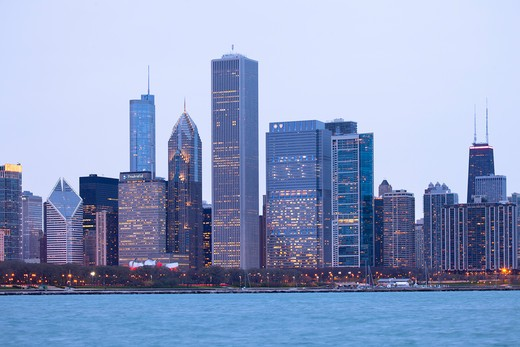 Stock Photo: 1828R-84011 Downtown City Skyline, Chicago, Illinois, USA
