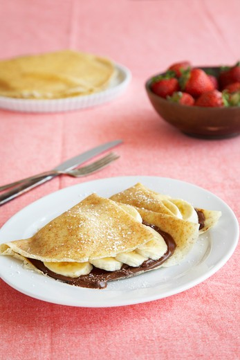 Stock Photo: 1828R-85214 Chocolate and Banana Crepes