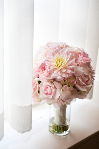 Stock Photo: 1828R-86691 Wedding Bouquet, Ontario, Canada