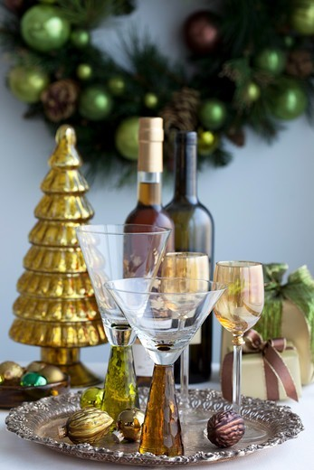 Stock Photo: 1828R-88199 Wine and Glasses on Silver Platter