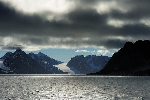 Glacier and Mountains, Magdalenefjorden, Spitsbergen, Svalbard, Norway : Stock Photo