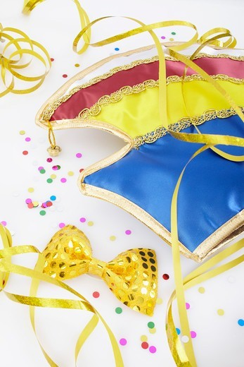 Stock Photo: 1828R-88629 Carnival Hat and Bow Tie