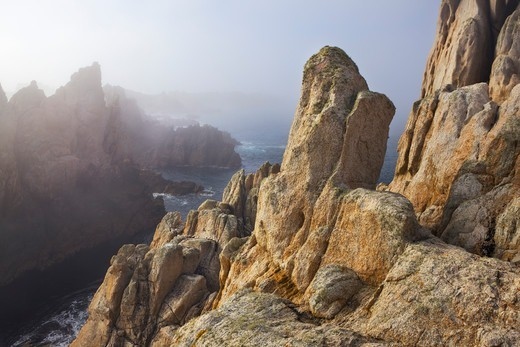 Stock Photo: 1828R-89880 Rocky Coastline at Pointe de Creac'h with Fog, Ile d'Ouessant, Finistere, Brittany, France