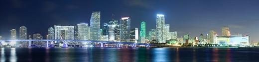 Stock Photo: 1828R-90001 Downtown Skyline, Miami, Florida, USA