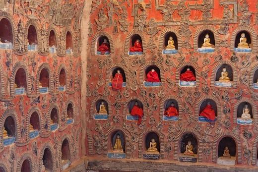 Stock Photo: 1828R-90117 Shwe Yan Pyay Monastery, Nyaung Shwe, Shan State, Myanmar