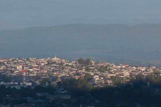 Stock Photo: 1828R-90118 Taunggyi, Shan State, Myanmar