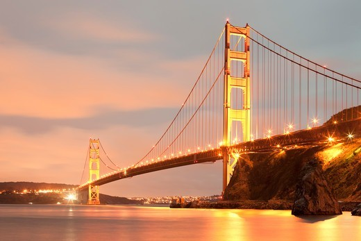 Stock Photo: 1828R-90326 Golden Gate Bridge, San Francisco, California, USA