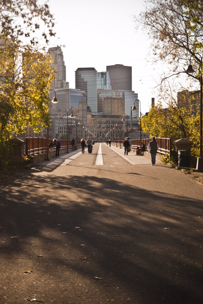 Stock Photo: 1838-12615 People Walking Over Pedestrian Bridge, Minneapolis, Minnesota, USA