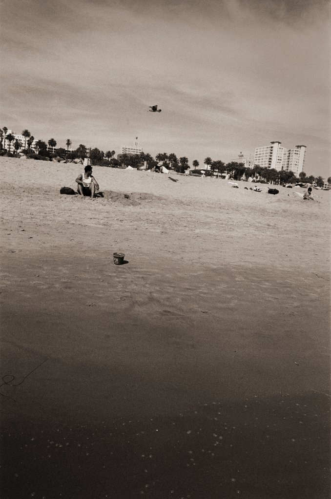 Stock Photo: 1838-13843 People on Beach, Los Angeles, California, USA