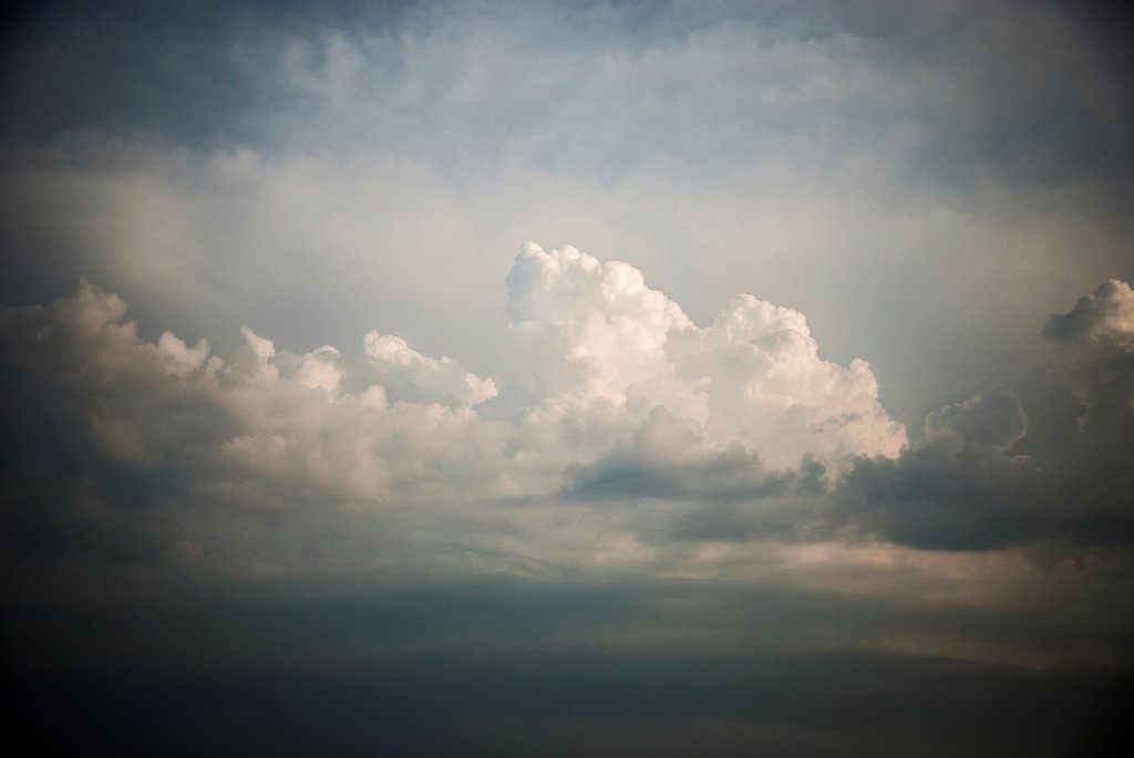Dramatic Heavenly Clouds in Sky : Stock Photo