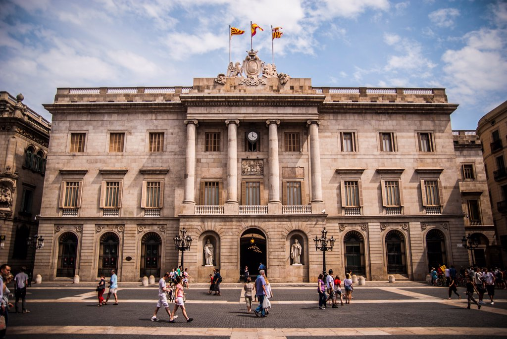 Stock Photo: 1838-13998 Town Hall Building, Barcelona, Spain