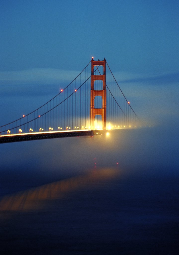 Stock Photo: 1838-1936 Golden Gate Bridge in Fog