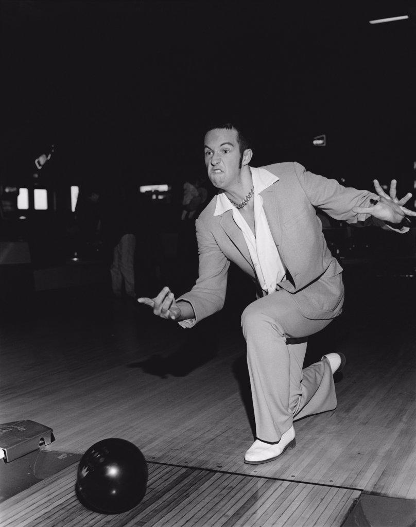 Stock Photo: 1838-2839 Man Bowling
