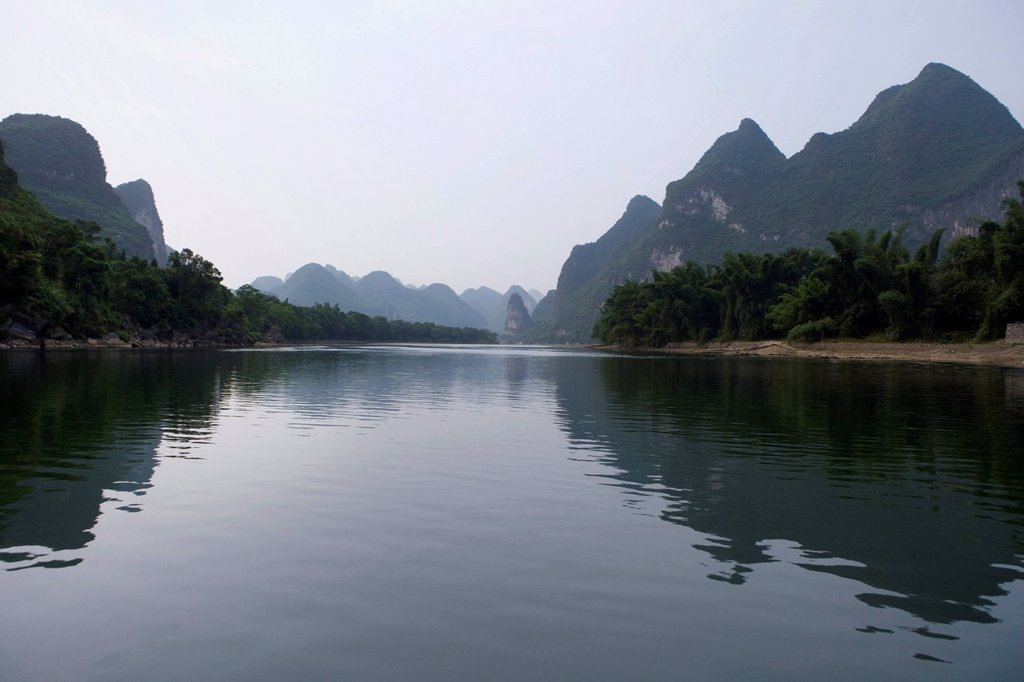Stock Photo: 1839R-14039 View of the Guilin hills from a boat