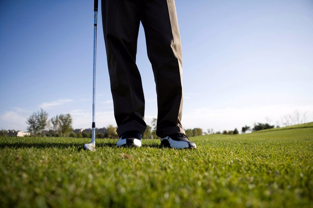 Close_Up of golfer´s feet : Stock Photo