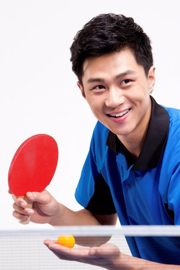 Table tennis player ready to serve : Stock Photo