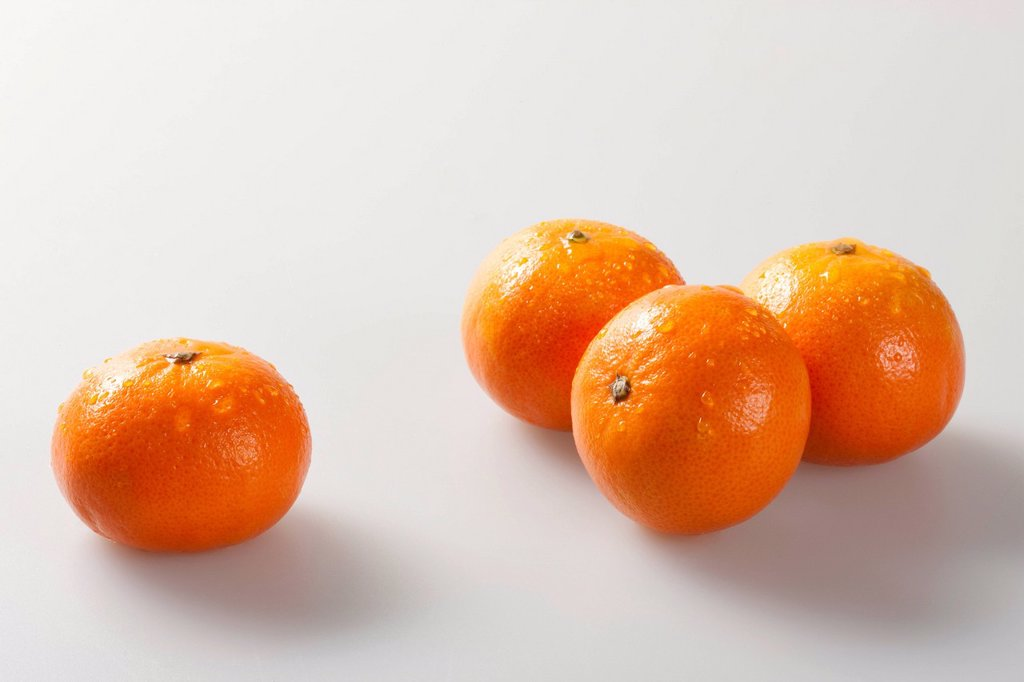 Stock Photo: 1839R-26439 Close_up of oranges