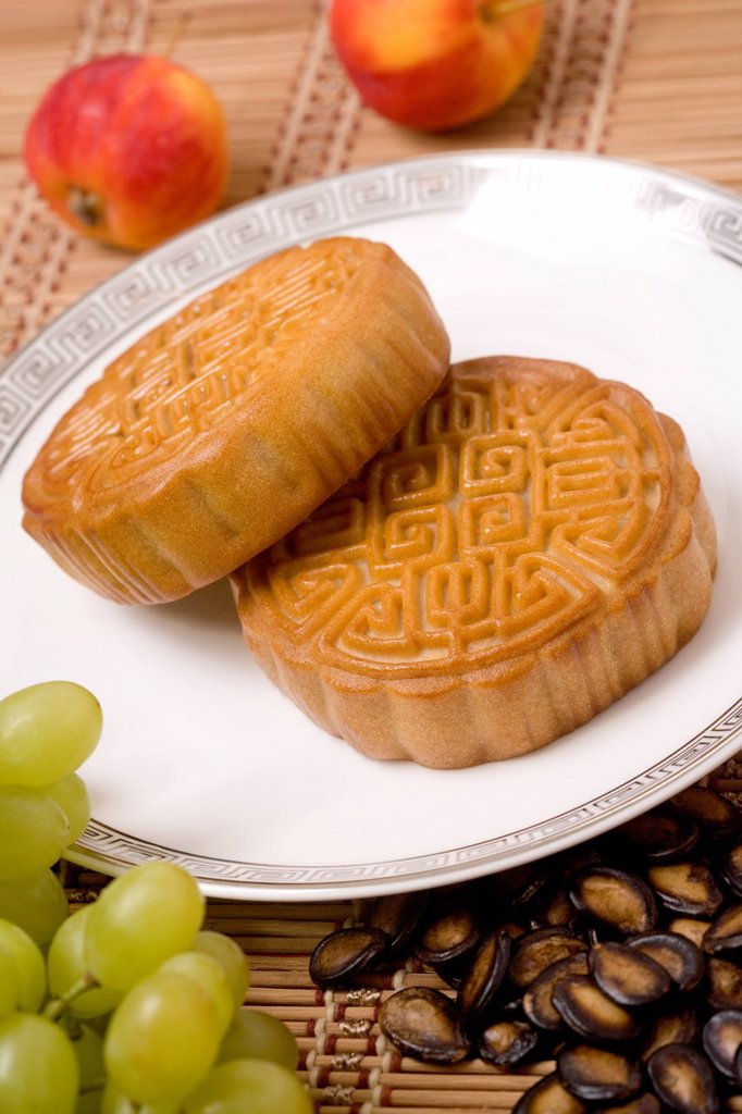Stock Photo: 1839R-26492 Moon Cakes with Fresh Fruit and Seeds