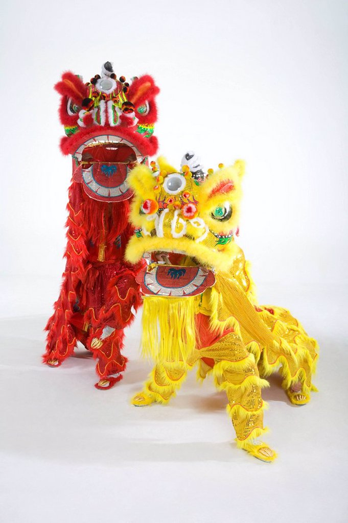 Stock Photo: 1839R-9567 Chinese traditional lion dancing