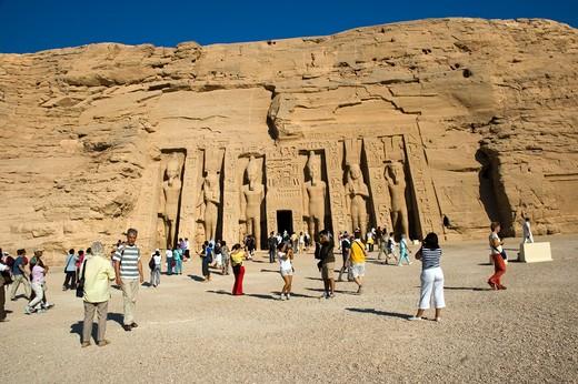 Stock Photo: 1840-15903 Queen Nefertari Temple