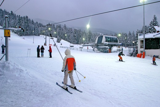 Borovets, Night Skiing : Stock Photo