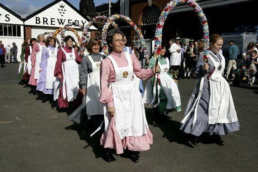 Stock Photo: 1840-23004 Lewes, Clog and Garland Dancers