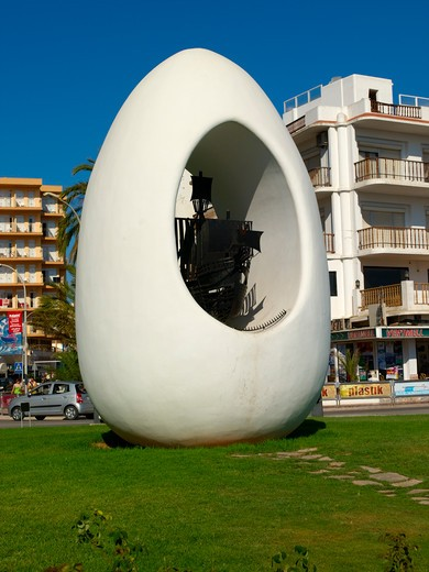 Stock Photo: 1840-23887 Ibiza, Sant Antoni De Portmany The Egg Birth Place Of Christopher Columbus Ship Santa Maria