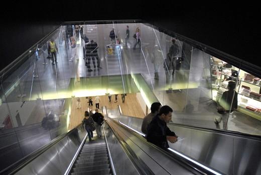 Stock Photo: 1840-24925 Escalators In The Tate Modern Galley London