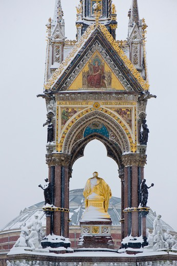 Kensington Gardens covered in February snow, SW7, London, United Kingdom : Stock Photo