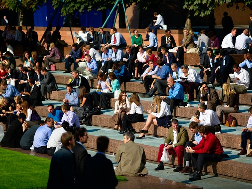 Stock Photo: 1840-29874 Businessmen & Women, Alfresco Lunch