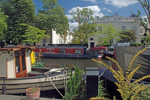 Stock Photo: 1840-31017 Little Venice, Canal Boats in Summer