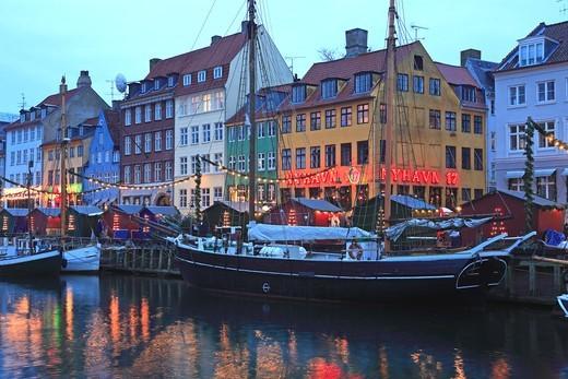 Stock Photo: 1840-31758 Nyhavn, Christmas Market, Copenhagen