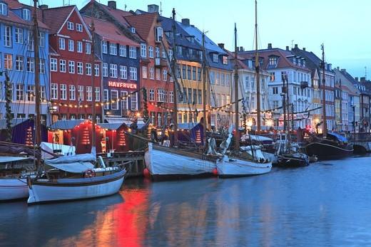 Stock Photo: 1840-31759 Nyhavn, Christmas Market, Copenhagen