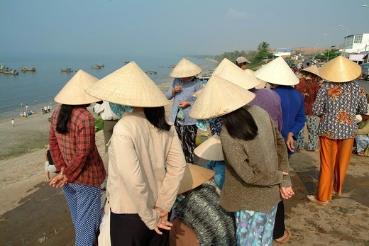 Waiting For Fishing Catch, Mui Ne Port : Stock Photo