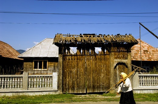 Maramures, Village In Mara Valley : Stock Photo