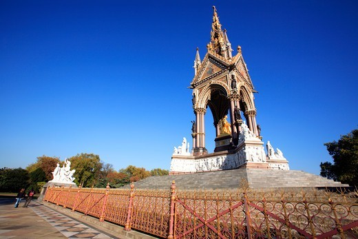Kensington Gardens Park, Albert Memorial : Stock Photo