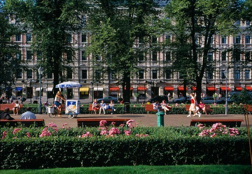 Stock Photo: 1840-39770 Helsinki, Esplanadi Park