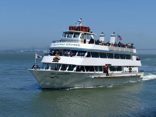 Alcatraz Cruise Boat, San Francisco : Stock Photo