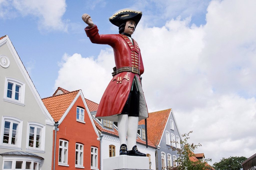 Kagmanden figure on the market square in Tonder, Denmark : Stock Photo