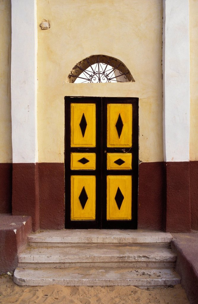 Stock Photo: 1841-117710 Door in Nubian village on Elephantine Island, Aswan, Egypt