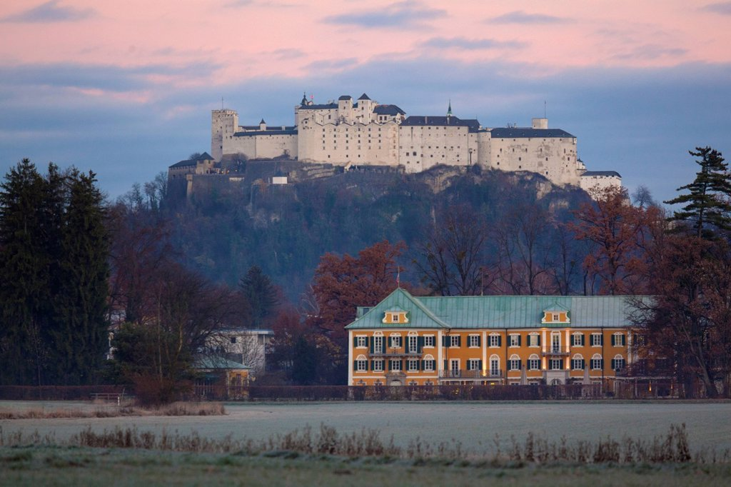 Stock Photo: 1841-119835 Gwandhaus and Hohensalzburg Castle at dawn, Salzburg, Austria