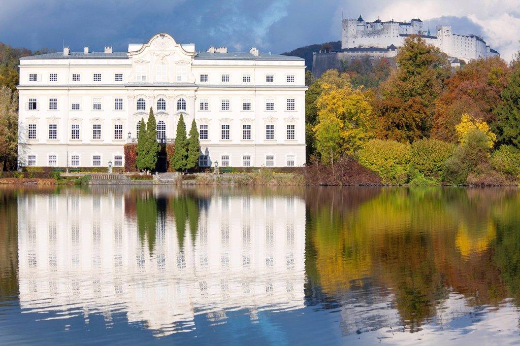 Stock Photo: 1841-120727 Schloss Leopoldskron and Hohensalzburg Castle, Salzburg, Austria