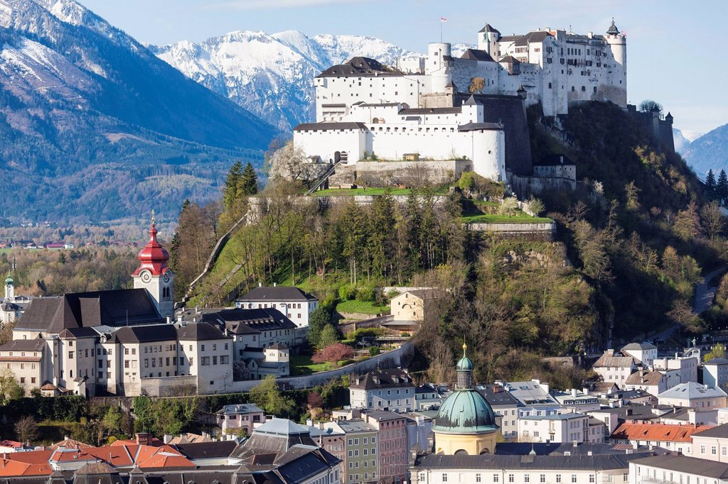 Stock Photo: 1841-122737 Old town of Salzburg with Hohensalzburg Castle, Austria