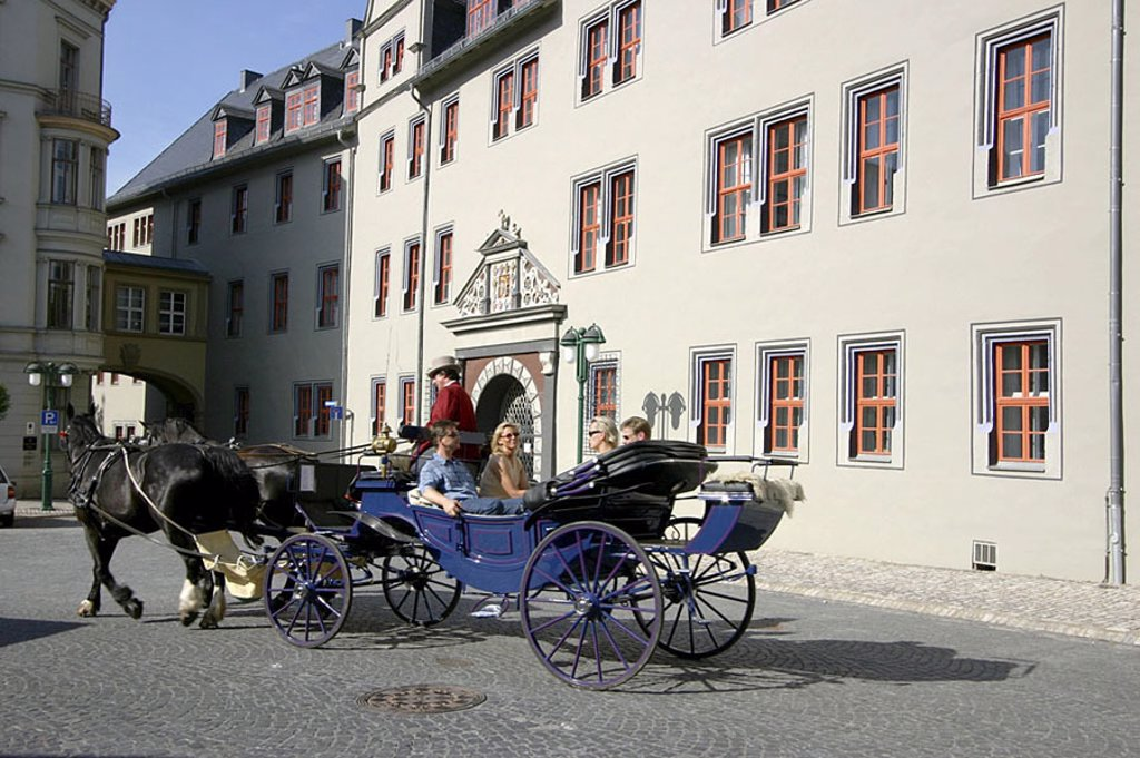Stock Photo: 1841-17031 Tourists on horse drawn carriage, Weimar, Germany